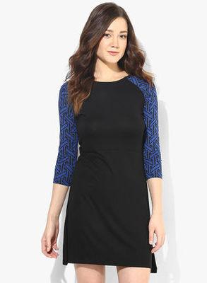 https://cdn0.desidime.com/attachments/photos/246688/medium/3453623United-Colors-of-Benetton-Navy-Blue-Colored-Solid-Shift-Dress-4520-9630651-1-catalog_s.jpg?1480950955