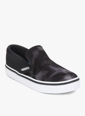 https://cdn0.desidime.com/attachments/photos/260584/medium/3468053Reebok-Skyscape-Viva-Grey-Sporty-Sneakers-8807-6627891-1-catalog_s.jpg?1480960031