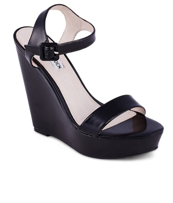 https://cdn0.desidime.com/attachments/photos/268628/medium/3286440Steve-Madden-Black-Heeled-Sandals-SDL272009894-1-55d26.jpg?1480964547