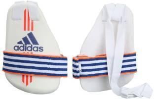 https://cdn0.desidime.com/attachments/photos/271223/medium/3532973ay0284-right-left-2-adidas-inner-thigh-guard-ind-in-m-original-imaejftgdn6ckcga.jpeg?1480966047