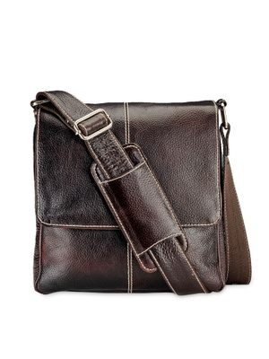 https://cdn0.desidime.com/attachments/photos/284611/medium/349199811455003273439-Teakwood-Leathers-Unisex-Messenger-Bag-8981455003273004-1.jpg?1480972064