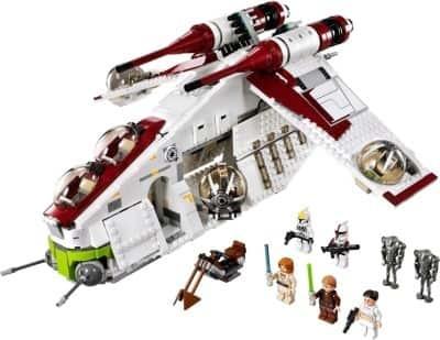 https://cdn0.desidime.com/attachments/photos/364933/medium/376894-lego-star-wars-republic-gunship-400x400-imadwcsg9cfpexyu.jpeg?1481005417