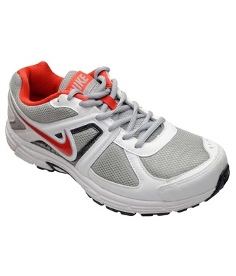 https://cdn0.desidime.com/attachments/photos/390555/medium/325979Nike-Silver-Sport-Shoes-Nike-SDL511779656-1-2dd28.jpg?1481013924