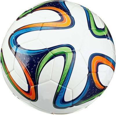 https://cdn0.desidime.com/attachments/photos/452200/medium/3853226prbzfb2014-22-400-465-1-avatoz-football-premium-brazuca-original-imaemc97jgyfghtm.jpeg?1483783620