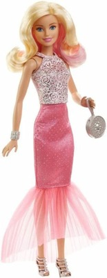 https://cdn0.desidime.com/attachments/photos/455435/medium/3929072barbie-pink-fabulous-gown-doll-assortment-original-imaek7zmdp4zppq2.jpeg?1485337454