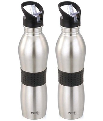 Pigeon Playboy Non Insulated Water Bottle 700 Ml Set Of 2