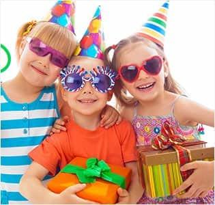 https://cdn0.desidime.com/attachments/photos/489481/medium/4382891cpid466_HPKD90OFF_birthday_crnv.jpg?1502108418