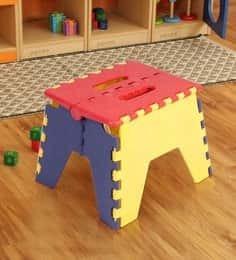 https://cdn0.desidime.com/attachments/photos/522252/medium/5106319colourful-folding-stool-by-ventura--colourful-folding-stool-by-ventura--xutean.jpg?1531314749