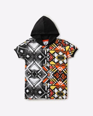 https://cdn0.desidime.com/attachments/photos/526308/medium/5161972kb-team-spirit-graffiti-print-hooded-t-shirt.jpg?1533559078