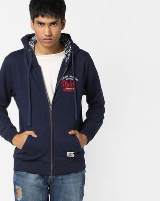 https://cdn0.desidime.com/attachments/photos/526399/medium/5163632flying-machine-hooded-sweatshirt-with-split-kangaroo-pocket.jpg?1533647997