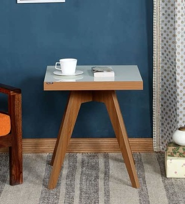 https://cdn0.desidime.com/attachments/photos/526512/medium/5165342luna-end-table-in-light-brown---glossy-off-white-finish-by-casacraft-luna-end-table-in-light-brown---aqarwu.jpg?1533728267