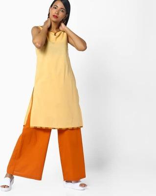 https://cdn0.desidime.com/attachments/photos/526904/medium/5172177ajio-sleeveless-straight-kurta-.jpg?1533915379