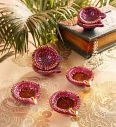 https://cdn0.desidime.com/attachments/photos/543206/medium/5488794multicolor-terracotta-decorative-diwali-diya---set-of-4-multicolor-terracotta-decorative-diwali-diya-1a67ae.jpg?1545285087