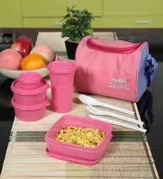 https://cdn0.desidime.com/attachments/photos/545525/medium/5536268cello-max-fresh-sling-with-bag-pink-plastic-lunch-box---set-of-4-cello-max-fresh-sling-with-bag-pink-euh9ms.jpg?1546837950