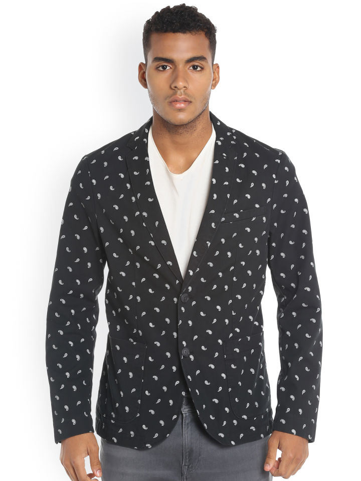 https://cdn0.desidime.com/attachments/photos/551175/original/11502881989503-Jack--Jones-Black--White-Paisley-Print-Single-Breasted-Blazer-321502881989222-1.jpg?1549553194