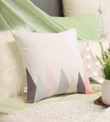 https://cdn0.desidime.com/attachments/photos/572195/medium/5911460silvio-abstract-pattern-cotton-16x16-inch-white-cushion-cover-by-bohemiana-silvio-abstract-pattern-c-aedyac.jpg?1561381266
