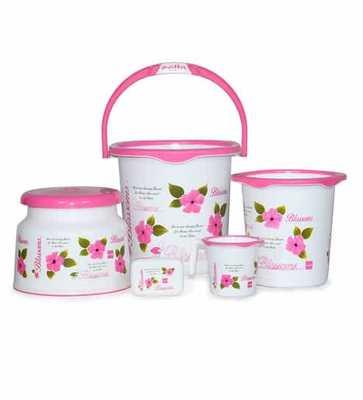 https://cdn0.desidime.com/attachments/photos/574212/medium/5948044cello-blossom-plastic-pink-bucket-set---set-of-5-cello-blossom-plastic-pink-bucket-set---set-of-5-6bugso.jpg?1562589658