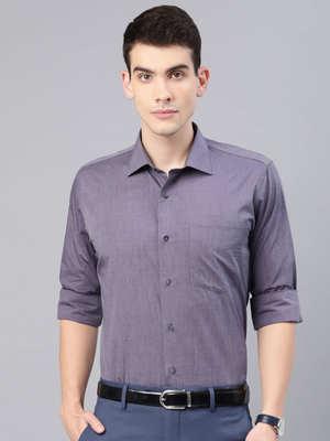 https://cdn0.desidime.com/attachments/photos/584686/medium/60982790bc4db12-a9fa-4287-853c-abed231ac3321562050303639-Van-Heusen-Men-Purple-Slim-Fit-Solid-Formal-Shirt-1631562050-1.jpg?1568275686