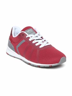 https://cdn0.desidime.com/attachments/photos/587990/medium/613837711520505303050-Levis-Men-Casual-Shoes-2471520505302871-1.jpg?1569743163