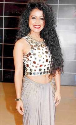 https://cdn0.desidime.com/attachments/photos/650833/medium/715841215-Neha-Kakkar.jpg?1606065877