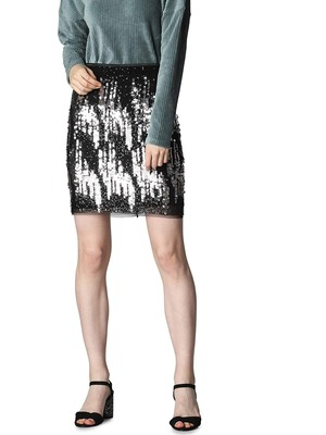 Create your Winter party look with Amazon Fashion Wardrobe Refresh Sale