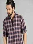 Roadster Men Navy Blue & Red Checked Casual Shirt