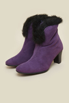 Minimum 50% Off on Women's Boots